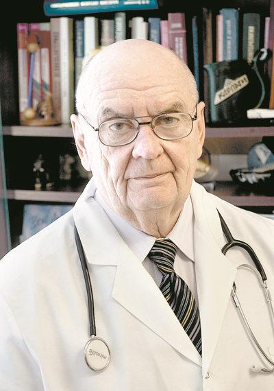 кандидат медицинских наук, врач-гастроэнтеролог высшей квалификационной категории Николай Капралов